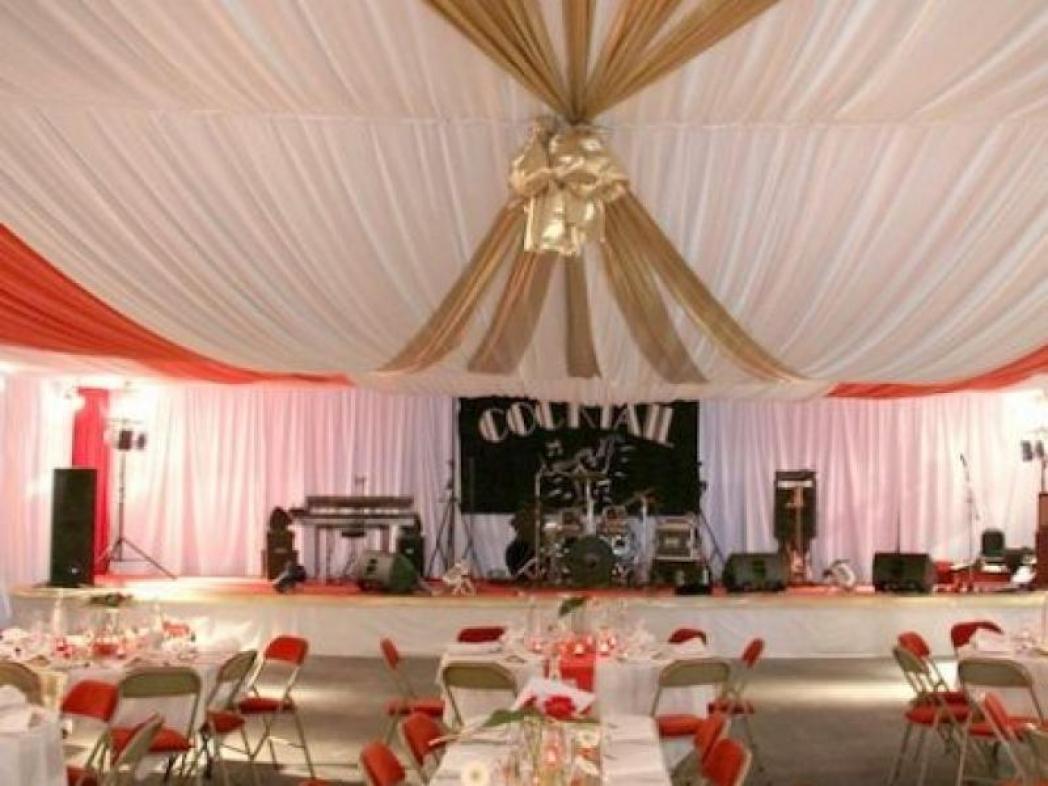 80 ans Coopérative Passy Grigny Structure complète habillée pour dîner dansant 200 personnes dans le quai à raisins