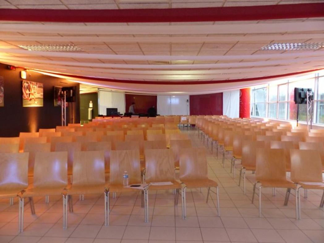 Salle de réception du stade de Reims