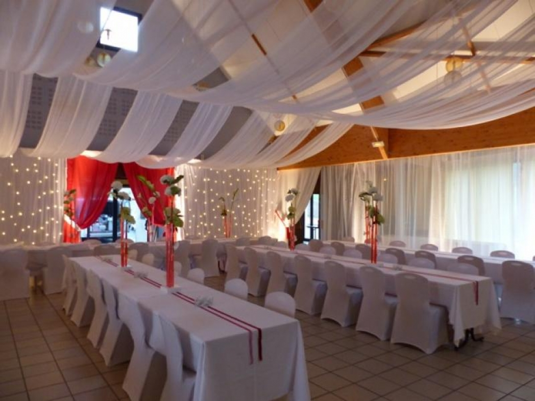 Salle de Brugny après décoration.