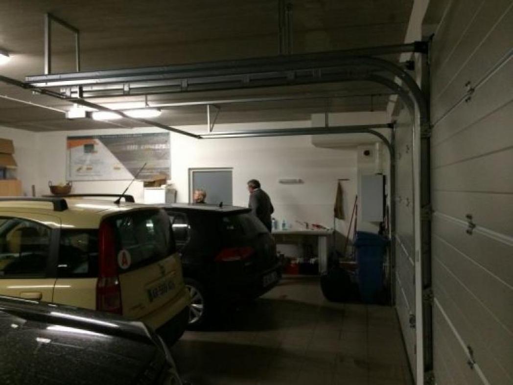 Garage entreprise avant décoration
